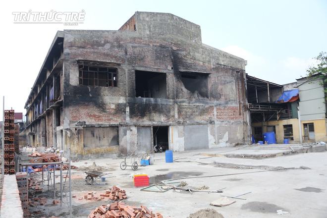 Hoàn tất quá trình tẩy độc nhà máy Rạng Đông, người dân vẫn sống trong sợ hãi - Ảnh 10.