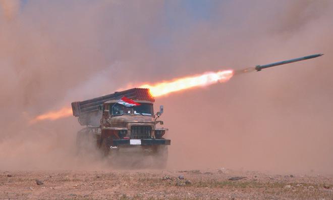 Lính Mỹ bất ngờ tháo chạy khỏi miền Bắc Syria, bỏ mặc đồng minh - Thổ Nhĩ Kỳ chuẩn bị khai đao - Ảnh 19.