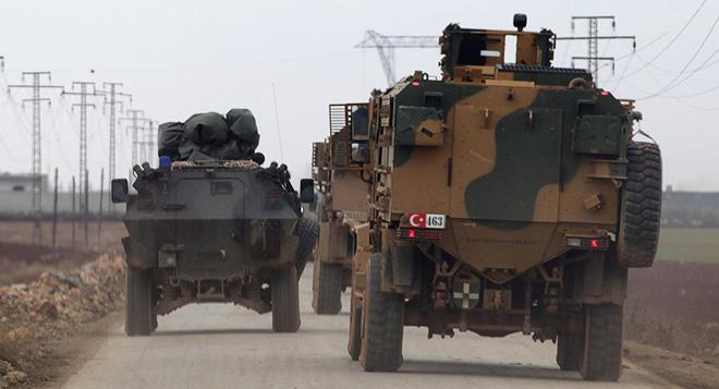 Lính Mỹ bất ngờ tháo chạy khỏi miền Bắc Syria, bỏ mặc đồng minh - Thổ Nhĩ Kỳ chuẩn bị khai đao - Ảnh 17.