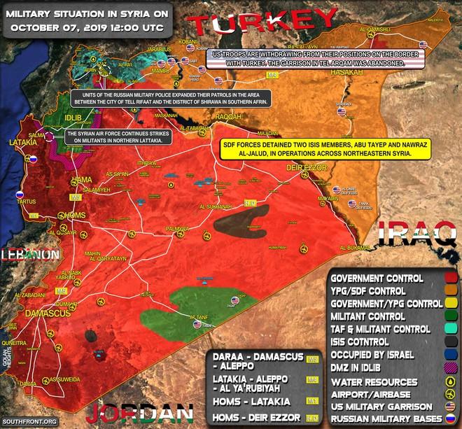 Lính Mỹ bất ngờ tháo chạy khỏi miền Bắc Syria, bỏ mặc đồng minh - Thổ Nhĩ Kỳ chuẩn bị khai đao - Ảnh 3.