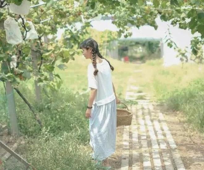 Mạnh mẽ đưa ra quyết định bỏ phố về quê, cô gái 9x đã đem lại những ngày thảnh thơi cho cha mẹ bên khu vườn rộng 6000m² - Ảnh 12.