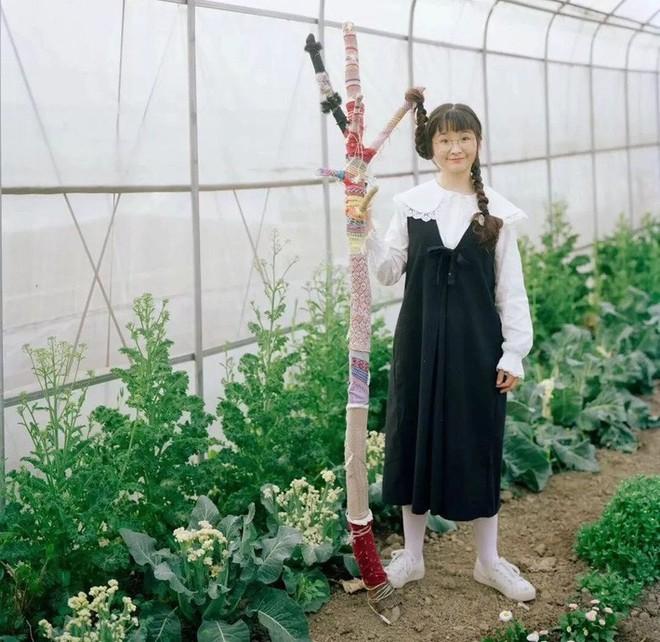Mạnh mẽ đưa ra quyết định bỏ phố về quê, cô gái 9x đã đem lại những ngày thảnh thơi cho cha mẹ bên khu vườn rộng 6000m² - Ảnh 10.