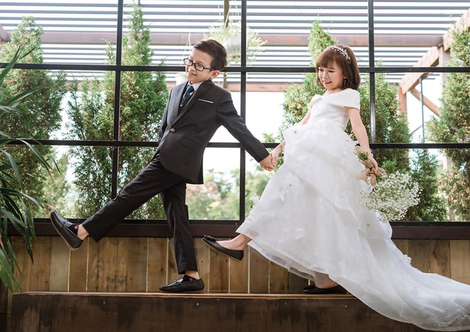 Ảnh cưới của cô gái 1,2m với thầy giáo tí hon từng khiến cô trúng tiếng sét ái tình và say bia gọi khóc - ảnh 4