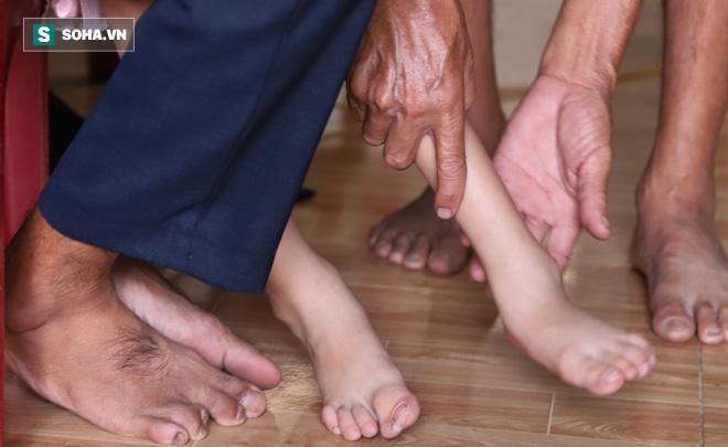 Hảo còn phải lo chữa bệnh cho chồng, chăm sóc hai con nên chưa muốn đi xạ trị - Ảnh 3.