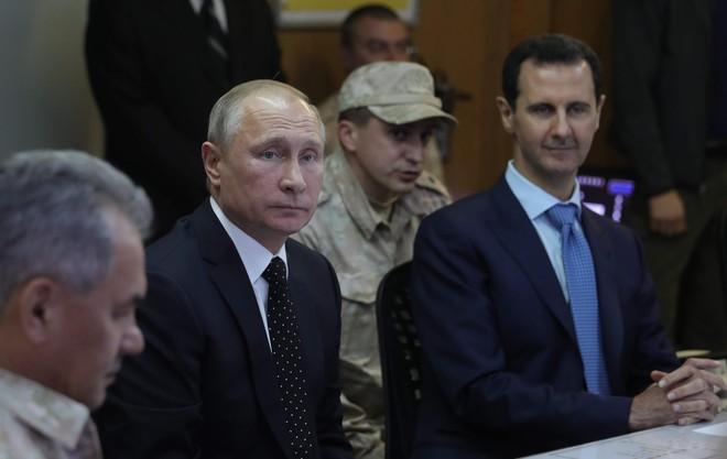 Mỹ bất ngờ rút quân, né mặt Thổ Nhĩ Kỳ: Món quà quyết định để Nga kết thúc ván cờ Syria? - Ảnh 1.