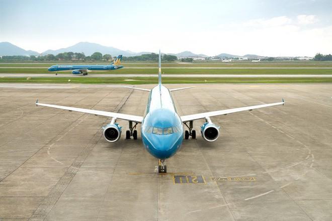 Hành khách Hàn Quốc bị co giật khi máy bay vừa lăn bánh để chuẩn bị cất cánh ở Nội Bài - Ảnh 1.