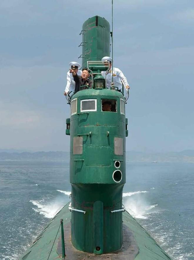 Những phỏng đoán về tàu ngầm và tên lửa của Triều Tiên sau vụ phóng ngày 2.10 - Ảnh 3.