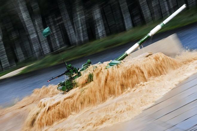 Không chỉ có pháo to, giáp xịn, xe tăng T-90 Việt Nam còn có một khả năng đặc biệt - Ảnh 5.