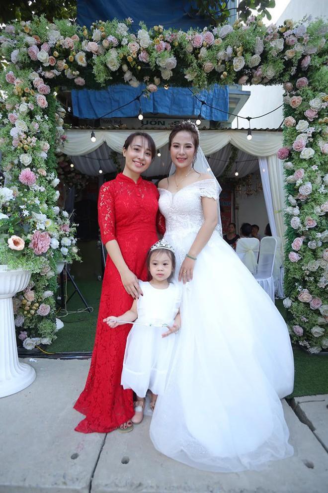 Chuyện tình cặp đôi chị - em ở Vĩnh Phúc và hành trình khẳng định niềm tin của cô vợ chờ 5 năm mới được mặc váy cưới - ảnh 4