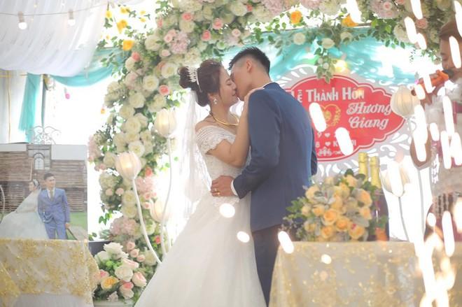 Chuyện tình cặp đôi chị - em ở Vĩnh Phúc và hành trình khẳng định niềm tin của cô vợ chờ 5 năm mới được mặc váy cưới - ảnh 5