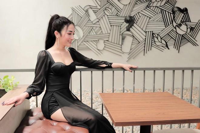 Cô gái Sài Thành tung ảnh quá khứ trước khi PTTM, đương đầu với mọi ánh mắt kỳ thị, tò mò - ảnh 1