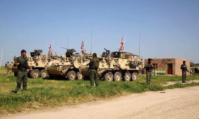 Nội ứng ngoại hợp, đại quân Thổ Nhĩ Kỳ sắp ập vào Syria: Phát hiện Mỹ ồ ạt tiếp viện người Kurd, chọc gậy Ankara - Ảnh 1.