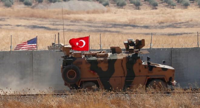 Thổ Nhĩ Kỳ chính thức tấn công vào Syria với quy mô lớn chưa từng có - Trung Đông rực lửa - Ảnh 20.