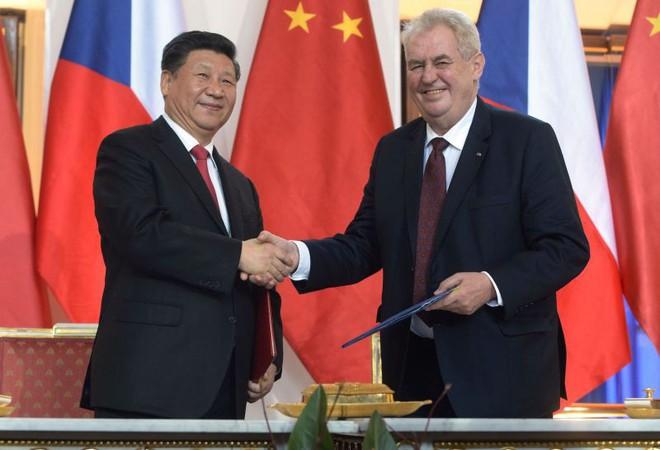 Thủ đô Séc cắt đứt tình chị em với Bắc Kinh vì Đài Loan, Trung Quốc giận dữ: Lật lọng! - Ảnh 1.