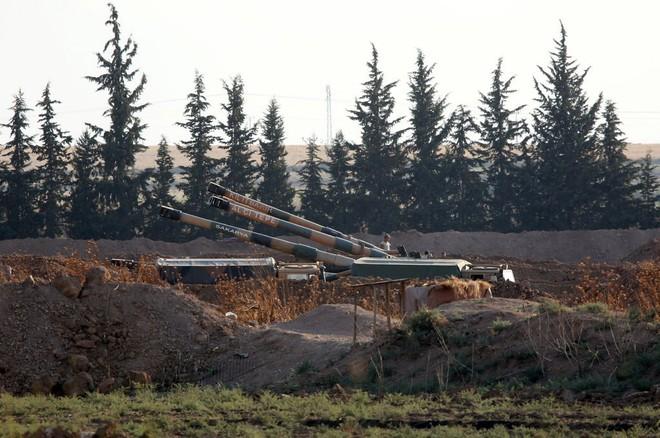 Tấn công người Kurd ở Syria, Thổ Nhĩ Kỳ gây hậu quả khó lường - Ảnh 2.