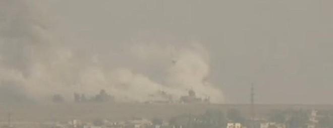 Thổ Nhĩ Kỳ chính thức tấn công vào Syria với quy mô lớn chưa từng có - Trung Đông rực lửa - Ảnh 7.