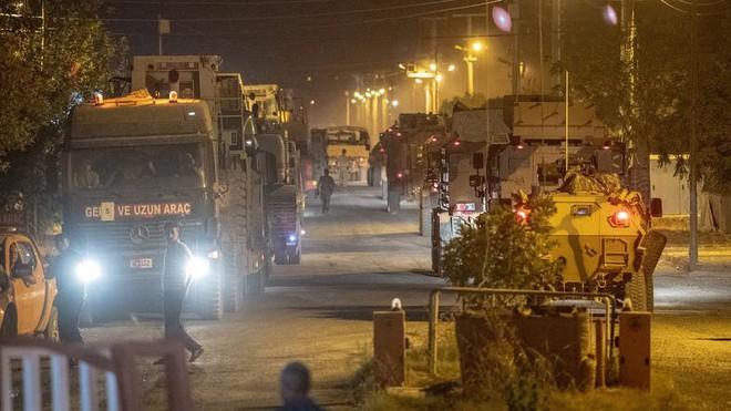 Người Kurd phản công, tấn công thành phố biên giới của Thổ Nhĩ Kỳ - Ảnh 1.