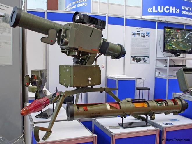 Tên lửa đa năng mới của Ukraine khiến xe tăng và trực thăng Nga không còn đất diễn? - Ảnh 11.