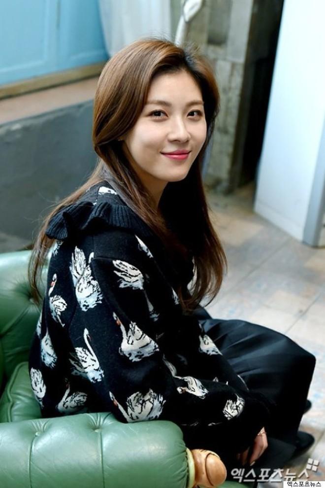 Song Hye Kyo đứng đầu danh sách 10 mỹ nhân đẹp nhất xứ Hàn - Ảnh 3.
