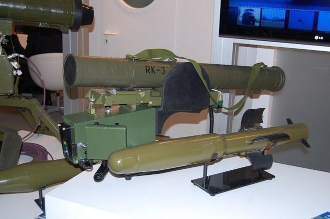 Tên lửa đa năng mới của Ukraine khiến xe tăng và trực thăng Nga không còn đất diễn? - Ảnh 5.