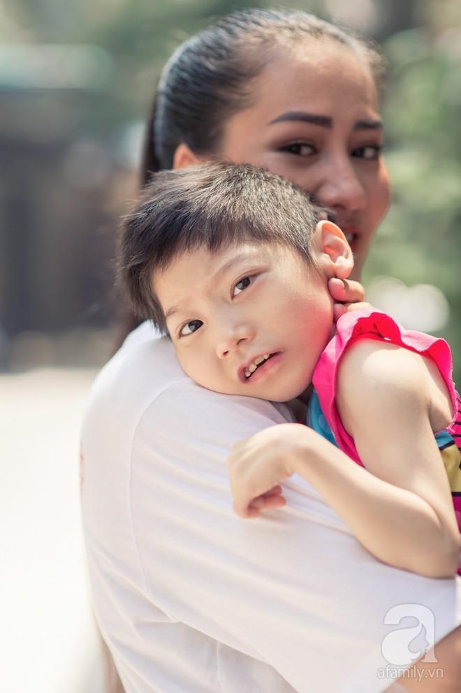 Minh Cúc Về nhà đi con kể về bạn trai từng nghĩ chỉ yêu chơi: Anh ấy muốn làm bố, nhưng tôi không thể sinh con - Ảnh 8.