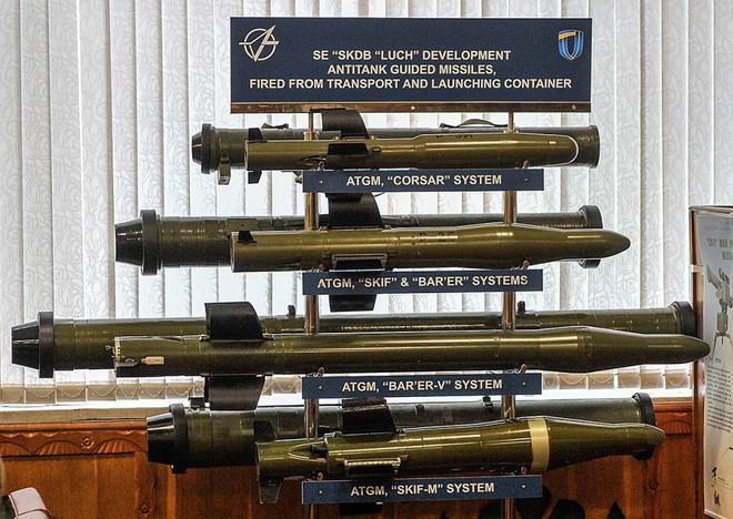 Tên lửa đa năng mới của Ukraine khiến xe tăng và trực thăng Nga không còn đất diễn? - Ảnh 10.