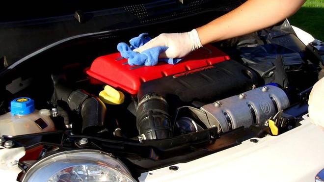 Những lưu ý khi vệ sinh khoang động cơ ô tô - Ảnh 4.