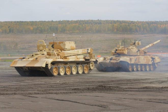 Xứng tầm nắm đấm thép hiện đại nhất VN: Chiếc xe lạ và rất đặc biệt đi kèm xe tăng T-90 - ảnh 4