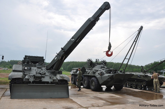 Xứng tầm nắm đấm thép hiện đại nhất VN: Chiếc xe lạ và rất đặc biệt đi kèm xe tăng T-90 - ảnh 5