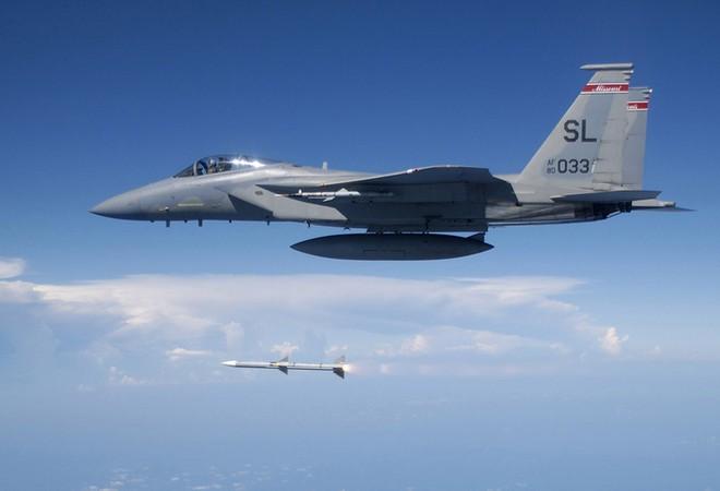 Tên lửa vô địch bẽ bàng trước Su-30 Nga: Mỹ có vớt vát nổi thể diện với siêu vũ khí mới? - ảnh 2