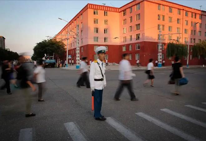 Hé mở cuộc sống bí ẩn của người lao động Triều Tiên - Ảnh 14.