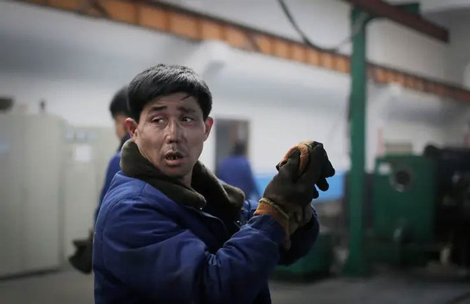 Hé mở cuộc sống bí ẩn của người lao động Triều Tiên - Ảnh 6.