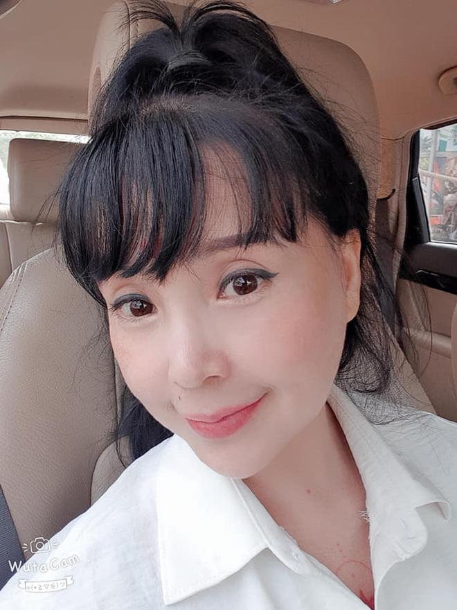 Bất ngờ với gương mặt trẻ trung, căng bóng của NSND Lan Hương ở tuổi 53 - ảnh 6