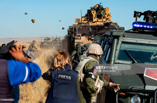 Đồ chơi bảo vệ TT Putin tới Syria giúp Quân cảnh Nga đả bại phiến quân: Lá chắn bí mật - Ảnh 1.