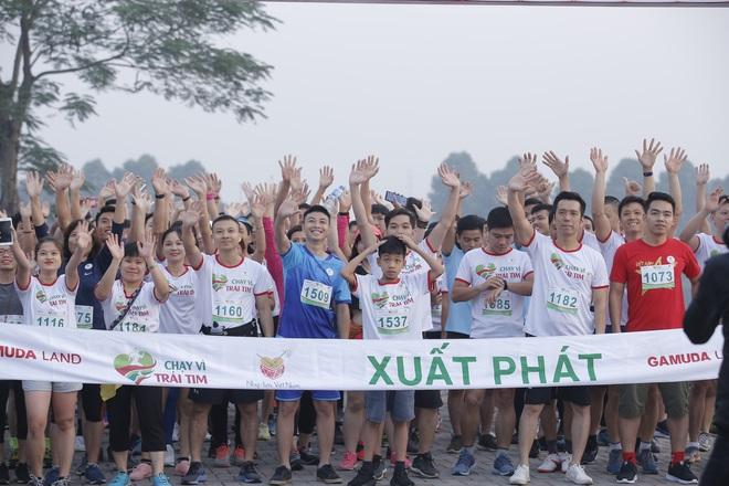 Hơn 9000 người tham gia Chạy vì trái tim - Ảnh 2.