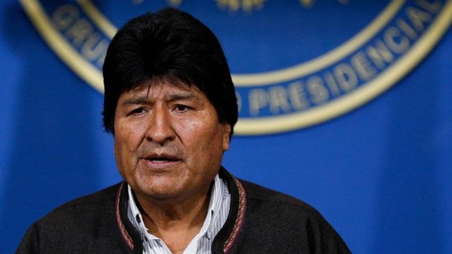 Cảnh sát và quân đội Bolivia phát lệnh bắt Tổng thống Evo Morales - Ảnh 2.
