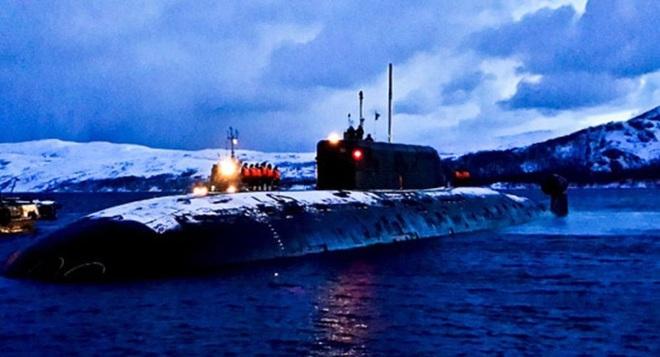 Nga cho hai tàu ngầm bắn ngư lôi vào nhau ở biển Barents - Ảnh 1.