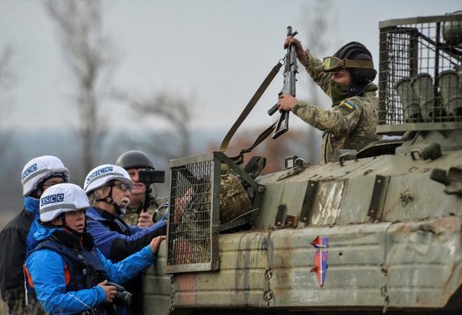 Cuộc rút quân chưa từng có ở miền đông mở ra thời kỳ mới cho Ukraina? - Ảnh 1.