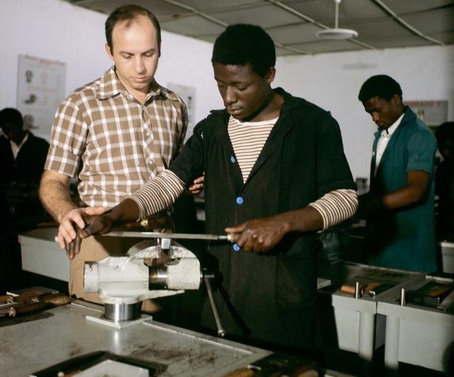 Hé lộ bí mật Liên Xô đưa CNXH vào châu Phi - ảnh 2