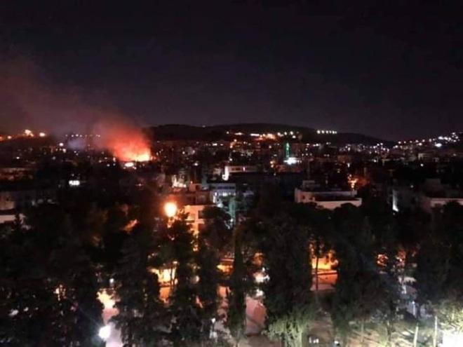 CẬP NHẬT: Tên lửa tấn công rung chuyển Syria, Israel hứng cơn mưa rocket - Tàu ngầm Nga áp sát bờ biển Israel - Ảnh 19.