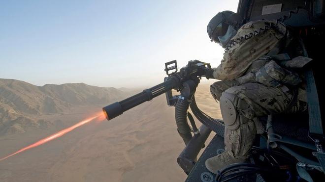 Bắn từ quá khứ, bắn tới tương lai: Tại sao Mỹ kiên quyết lắp vũ khí này trên F-35? - Ảnh 6.
