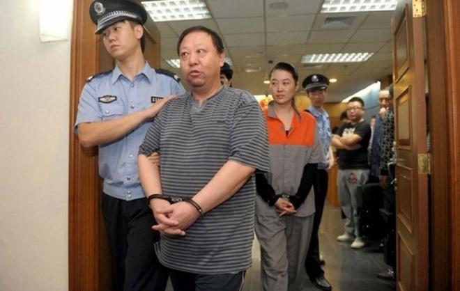 Đệ nhất quan tham Bắc Kinh vơ vét của công, cung phụng tình trẻ - Ảnh 1.