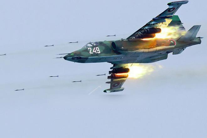 Nga âm thầm cho Su-25 trực chiến, sẵn sàng trút hỏa lực vào biên giới Syria-Thổ Nhĩ Kỳ - Ảnh 2.