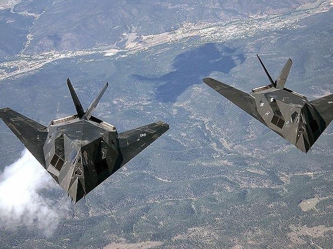 [ẢNH] Mỹ khôi phục tiêm kích tàng hình F-117 để trưng bày, hay âm thầm tái sử dụng? - Ảnh 11.