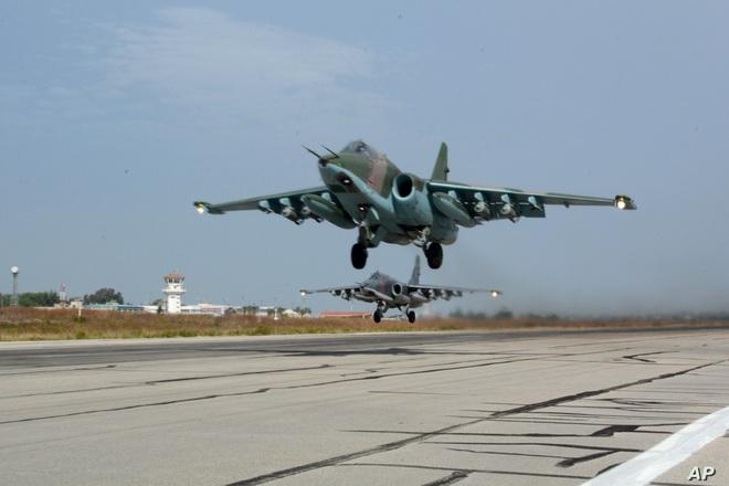 Nga âm thầm cho Su-25 trực chiến, sẵn sàng trút hỏa lực vào biên giới Syria-Thổ Nhĩ Kỳ - Ảnh 12.