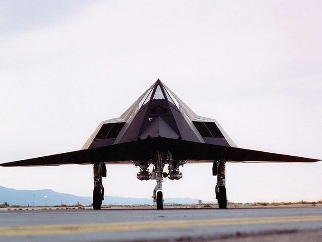 [ẢNH] Mỹ khôi phục tiêm kích tàng hình F-117 để trưng bày, hay âm thầm tái sử dụng? - Ảnh 15.