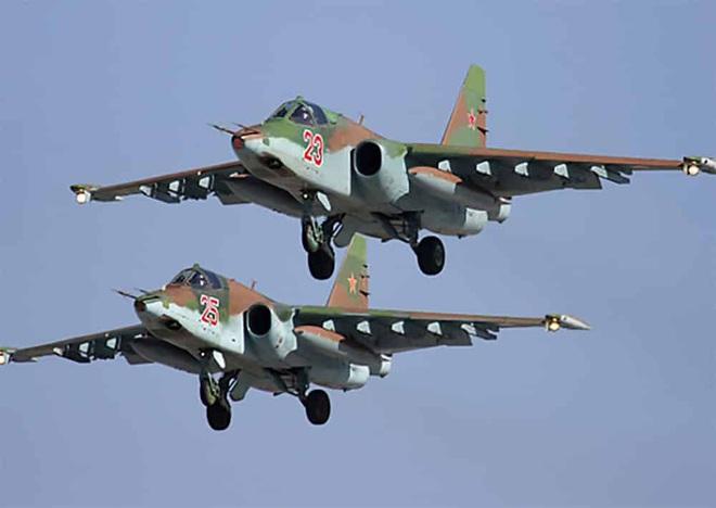 Nga âm thầm cho Su-25 trực chiến, sẵn sàng trút hỏa lực vào biên giới Syria-Thổ Nhĩ Kỳ - Ảnh 3.