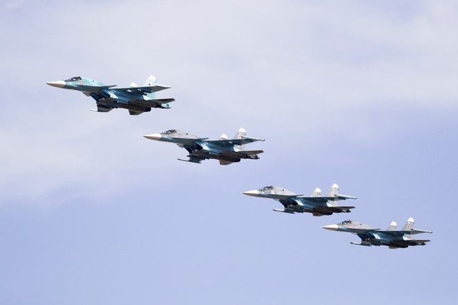 CẬP NHẬT: Tên lửa tấn công rung chuyển Syria, Israel hứng cơn mưa rocket - Tàu ngầm Nga áp sát bờ biển Israel - Ảnh 23.