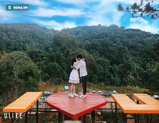Bình luận dạo trên mạng xã hội, thanh niên cưới được vợ kém 6 tuổi ở cách xa 1600km - ảnh 3