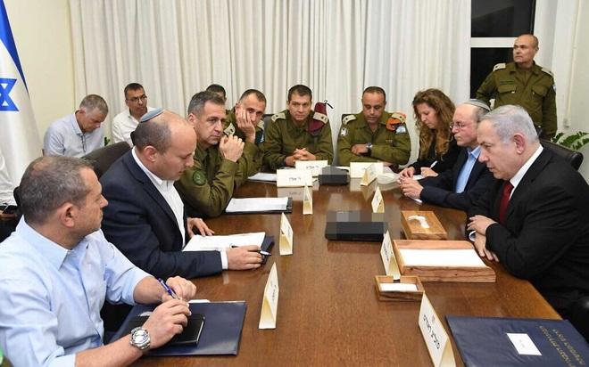 CẬP NHẬT: Hàng trăm rocket vun vút lao vào Israel, còi báo động vang khắp Gaza - Căng thẳng tột độ - Ảnh 20.